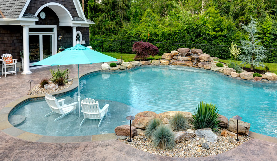 Benefits of Having a Sun Deck or Tanning Ledge in Your ...